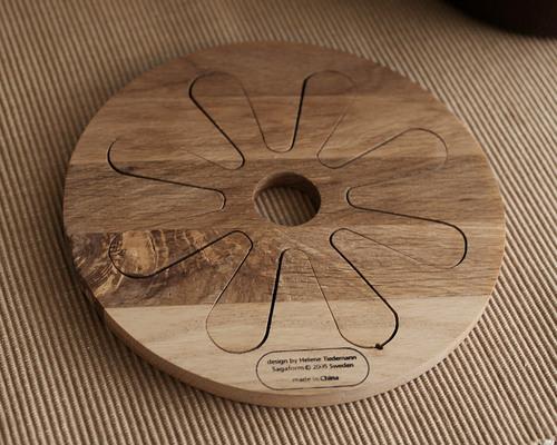 北欧デザインの鍋しき